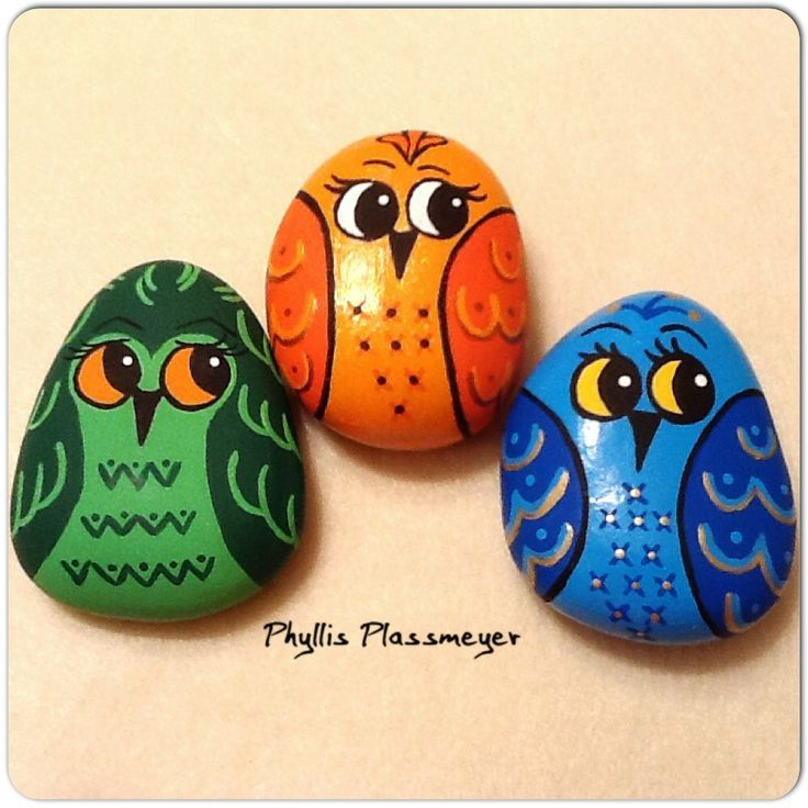 Owls - Painted rocks by Phyllis Plassmeyer