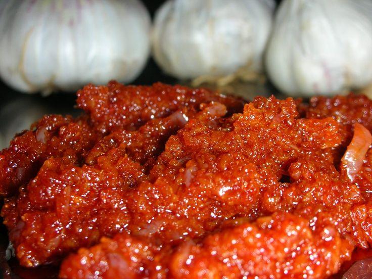 Garlic Chutney (Maharashtrain lehsun thecha )