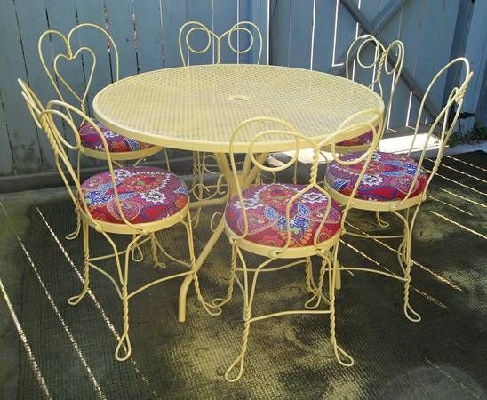 Cool Way Of Upholstering Old Iron Dining Chairs I Would