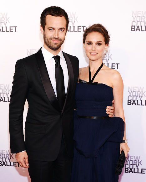 Natalie Portman with her spouse Benjamin Millepied, with whom she married on 4th August, 2012. He is a French dancer and choreographer. The couple has 1 child, as of now.