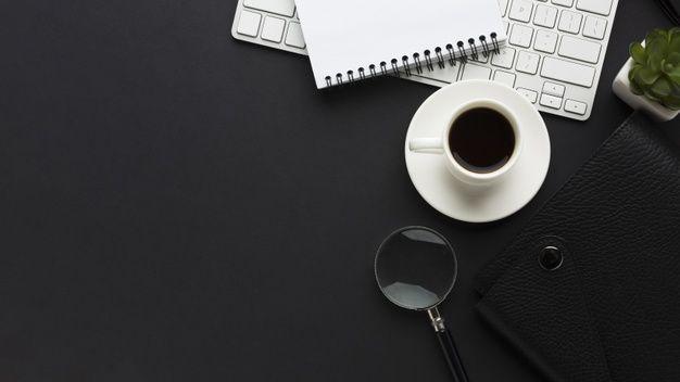 Flat Lay Of Work Desk With Coffee Cup And Magnifying Glass Mesa De Trabalho Ideias De Lampadas Espaco De Trabalho