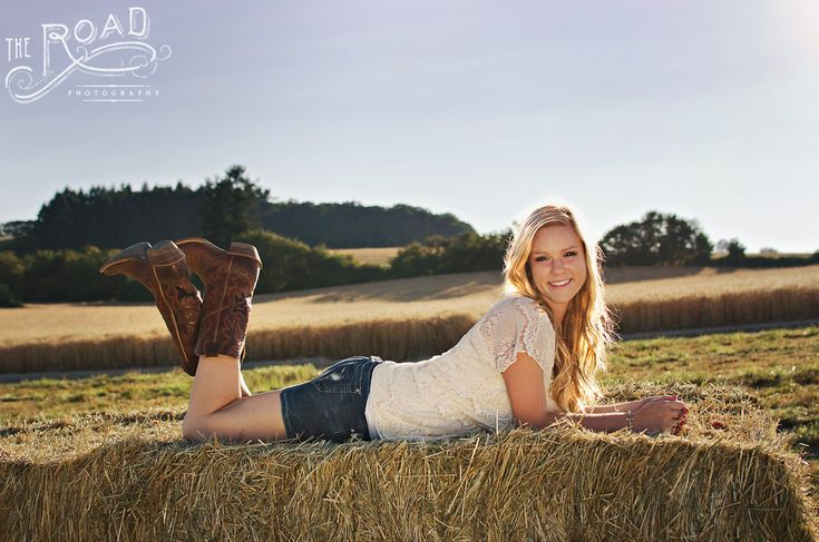 Senior photos The Road Photography www.theroadphotography.com senior poses, senior girl, high school, country girl, country poses, hay, hay bale