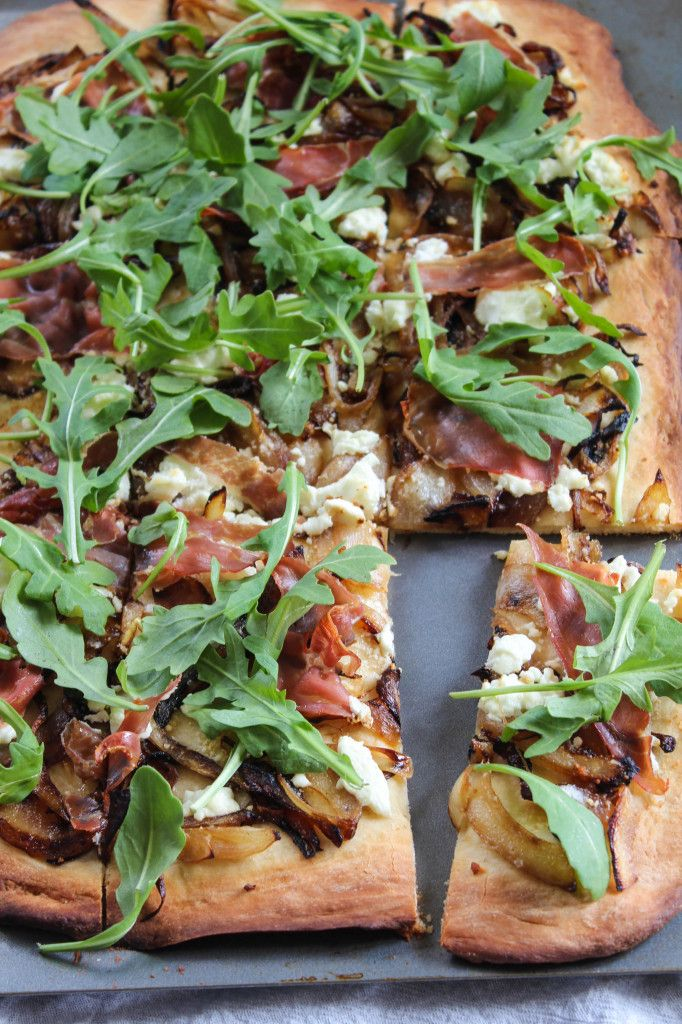 ... Onion Pizza with Goat Cheese and Arugula | http://bitesofbri.com