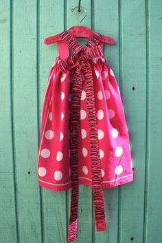 easy dress tutorial - can even make from two bandanas