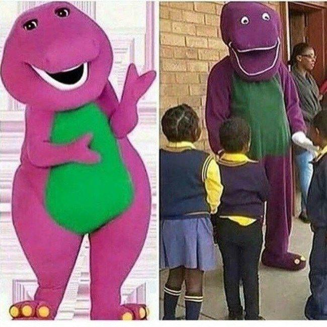 Expectativa: ganhar uns trocados se fantasiando de Barney em festas infantis Realidade: você destrói a infância de uma geração de crianças