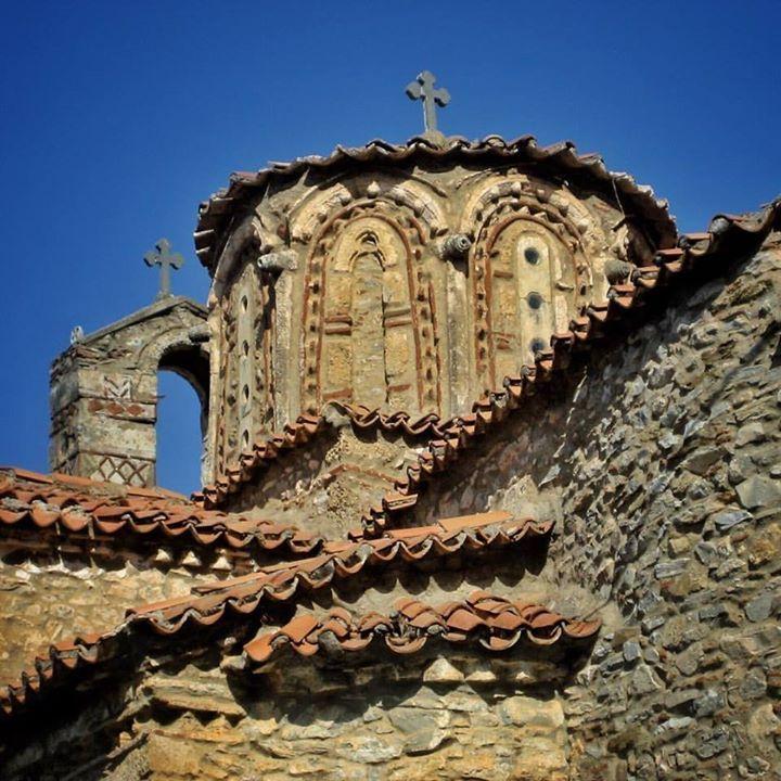 One of the stunning byzantine churches at Mystra near Sparta in the Peloponnese.  #byzantine #church #greekhistory #orthodox #beautiful #architecture #peloponnese #mystra #instagreece #visitgreece #wanderlust #ig_greece #igers_greece #vsco #handofgreece #iphone #vscogreece #history_greece #art