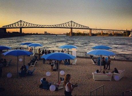 La plage urbaine du Vieux-Port de Montréal- The Old Port of Montreal's urban beach