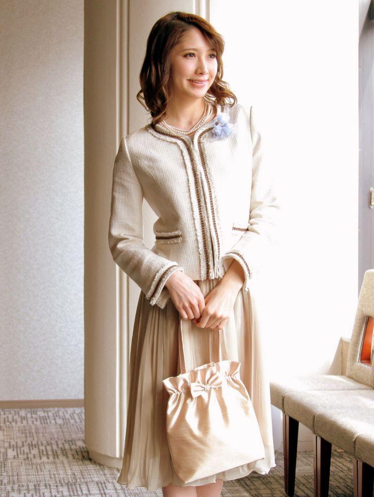ツイードジャケットが上品 *結婚式 華やかスーツ 女性一覧*