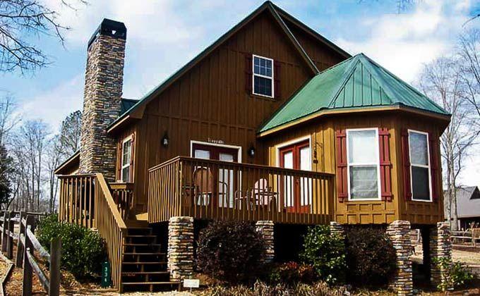 small-lake-house-cabin-the-vista