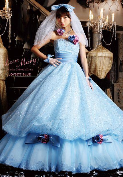 タレントプロデュースドレス|篠田麻里子【Love Mary -ラブ マリ-】|成人式の振袖レンタル・ウェディングドレス・貸衣装は北九州のアフロディーテ