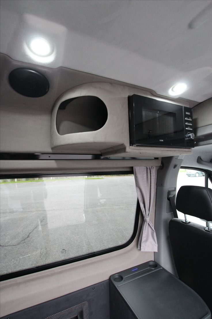 Mercedes-Benz Sprinter Tamlans Camping Van, Space for Storage and Microwave Oven