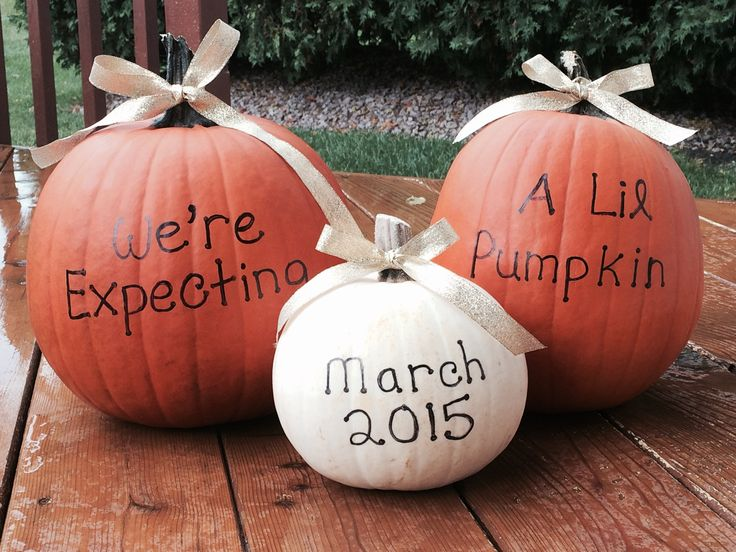 Baby announcement idea - cute fall baby announcement with pumpkins