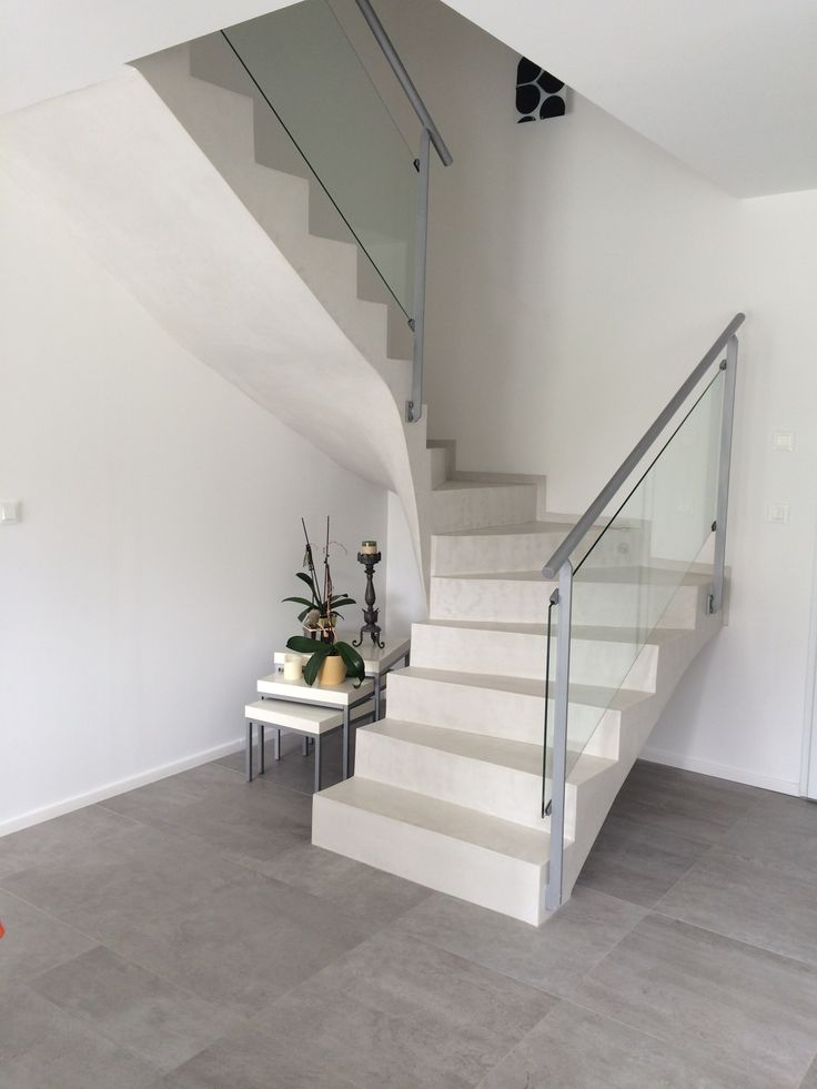 Les 25 meilleures id es concernant escalier beton sur pinterest placo polys - Escalier beton interieur design ...