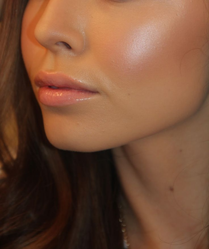 NYX cream blush for a dewy look. Who doesn't want a dewy look!