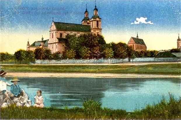 L'église sur le rocher au bord de la Wisla à Cracovie. Dans le quartier de Kazimierz.