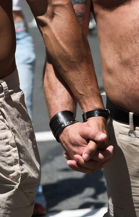 south heart single gay men How to get a man (for gay men) finding a good man can be a struggle for a lot of guys you have to figure out where to meet them, how to approach them, and then how to gain and keep their attraction for people that don't naturally have.