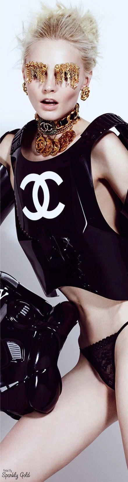 Chanel Glam                                                       …