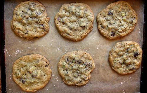 dark chocolate pistachio cookies with sea salt