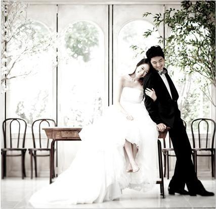 Korea Pre-Wedding Photoshoots by WeddingRitz.com » Bon voyage(chang studio)- Korean wedding photo