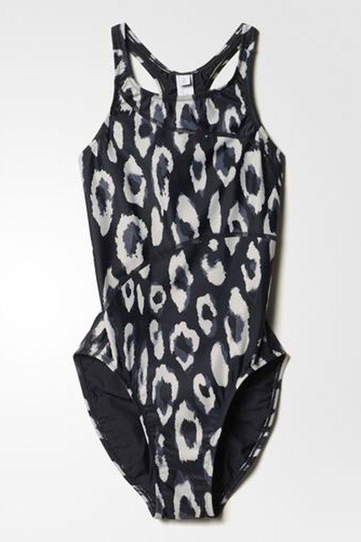 Todos los accesorios y ropa deportiva que necesitas http://stylelovely.com/galeria/ropa-deportiva-que-necesitas/