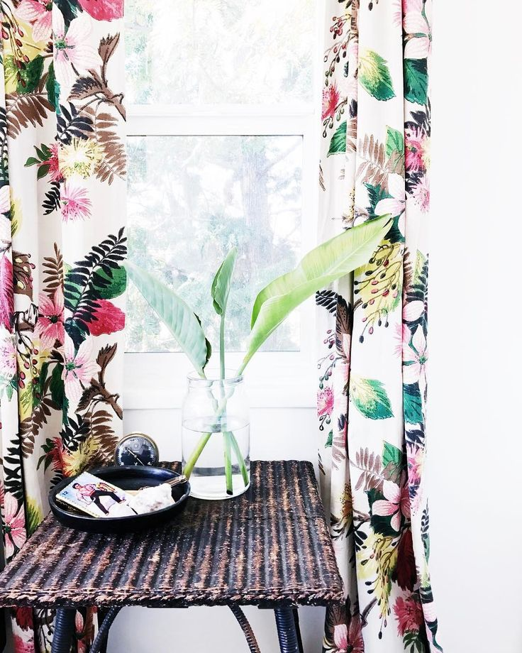 my guest room's giving me island vibes. if only. oh, mondays.