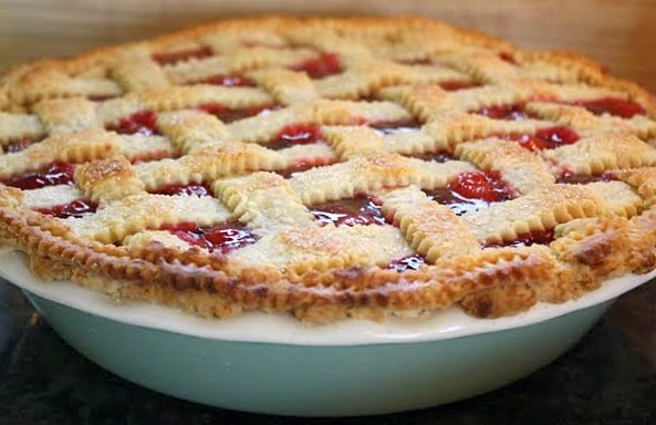 Michigan Cherry Pie with Lattice Crust - i love cherry pie