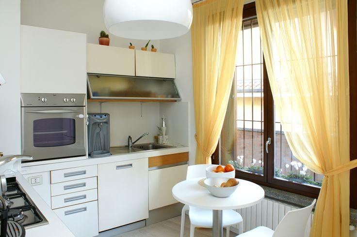 grzejnik-aluminiowy-w-kuchni-pod-oknem.jpg (1688×1125)