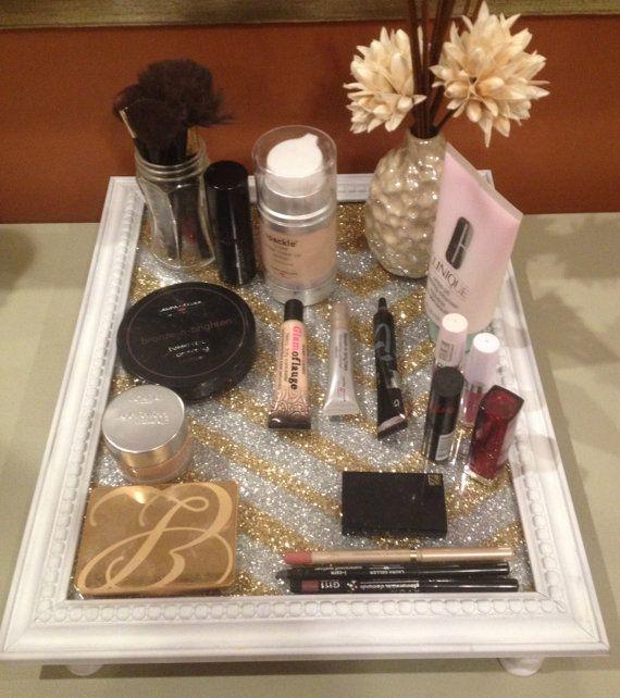 Vanity Tray. Best 25  Homemade vanity ideas on Pinterest   Diy makeup vanity
