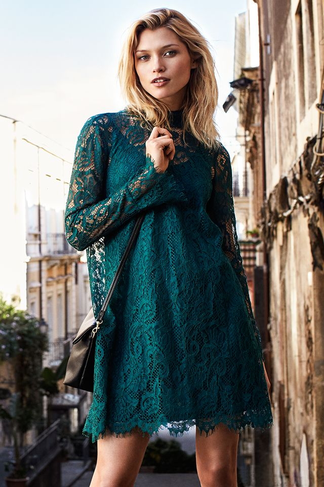 Contemporary yet bohemian, this season's new silhouette breathes confident cool and feminine flair.   H&M Fall/Winter