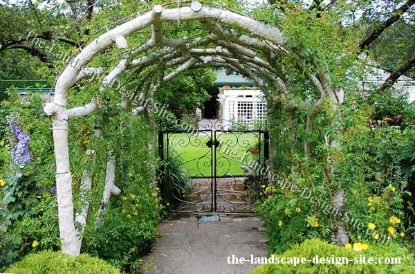 Best 25 garden archway ideas on pinterest garden arches for Garden archway designs