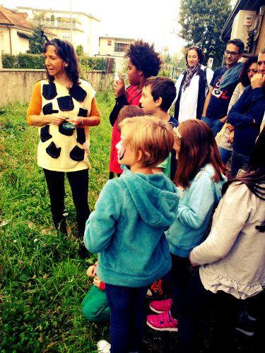 95 Bambini e Flora spontanea