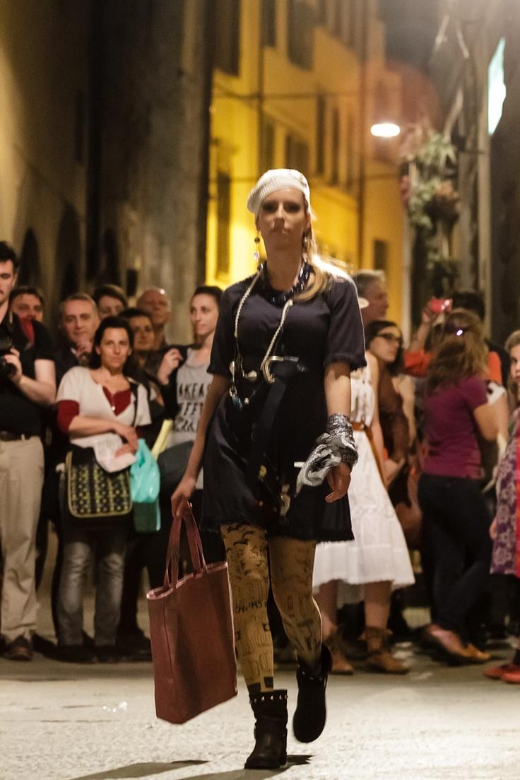 """Sfilata Firenze vi ricordate la sfilata del 30 aprile a Firenze??..le ragazze di """"Garbage'en""""sono state bravissime!! guardate le foto ;)"""