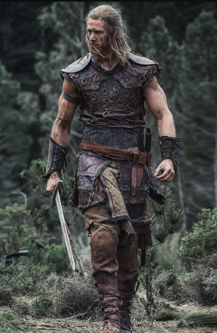 Tom Hopper and his arms