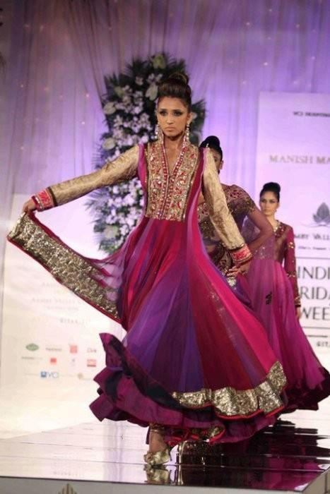 @ $145 Dual Shade Salwar suit at lowest cost plus free shipping offer at www.buyindianwear.com