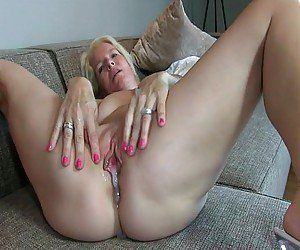 Mature Pussy Tube, Free Mature Porn Videos