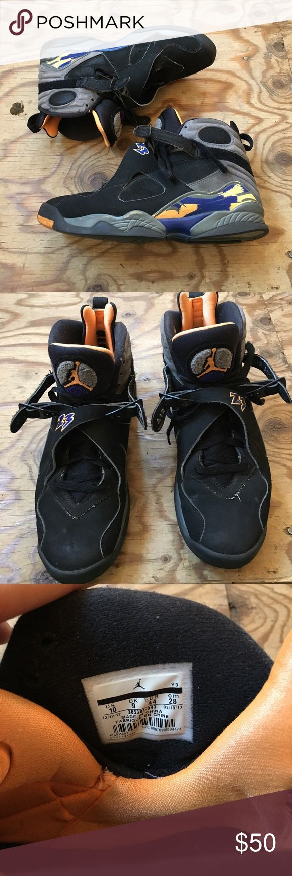 Men's 10 Jordan VIII (8) Condition : 5 out of 10 Secondhand Jordan Brand Retro VIII (8) I consider them beaters but they are still wearable, Velcro still intact. Jordan Shoes Sneakers