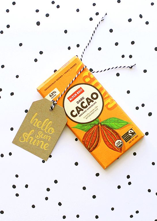 Ritual 'hello sunshine' deluxe gold gift tag. Chocolate and a happy tag; what better way to brighten someone's day?