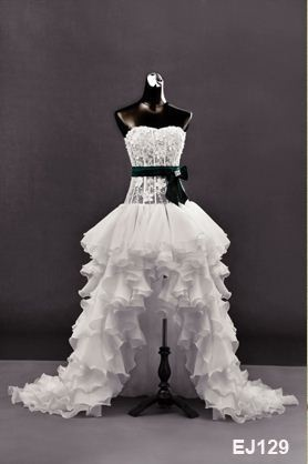 high low bridal gown Wedding dress z-2011070604.jpg (278×418) love everything about this dress !!!!!