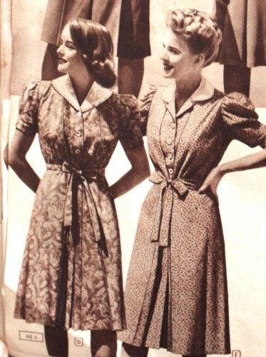 Vintage Maternity Clothes History . The shirtwaist buttoned either half way or all the way down the front of the dress. It usually had a self fabric tie to the front or back as well.  #vintage #maternity