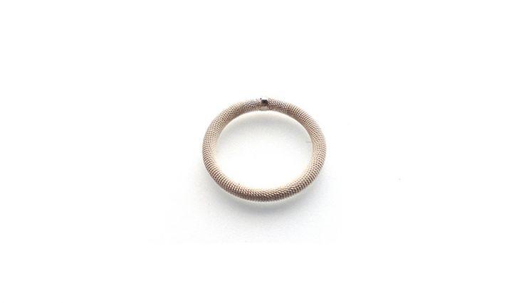 Liliana Guerreiro   Collections - Handmade silver ring, using a filigree technique, thread