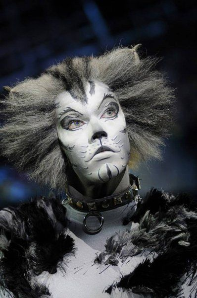 Cats UK Tour 2013 | - Cats The Musical. I love there make-up!