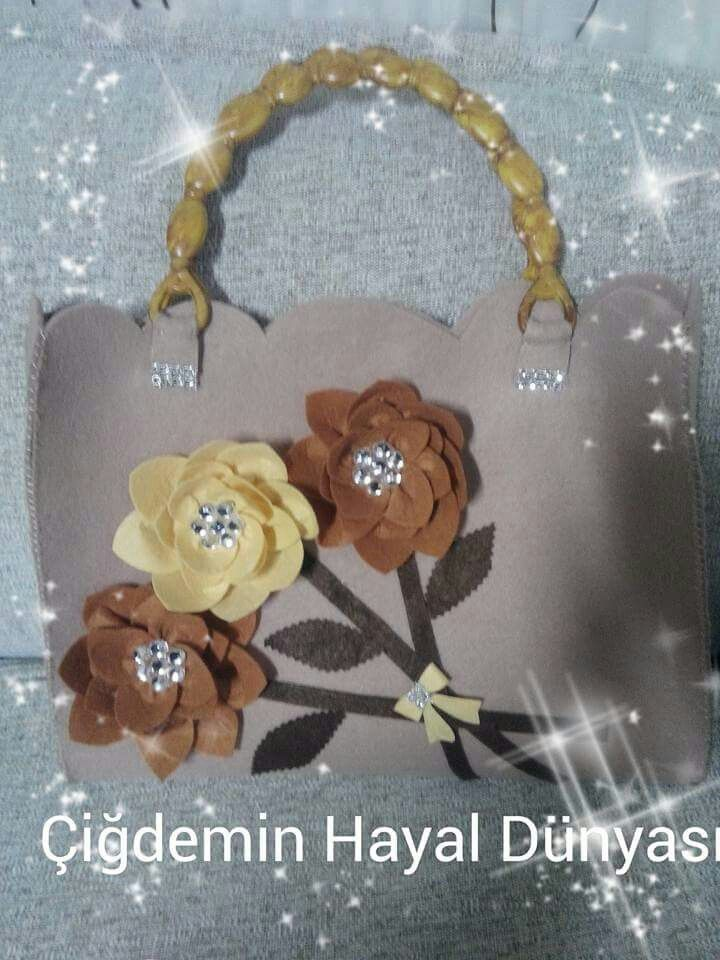 Pretty bag! :-)