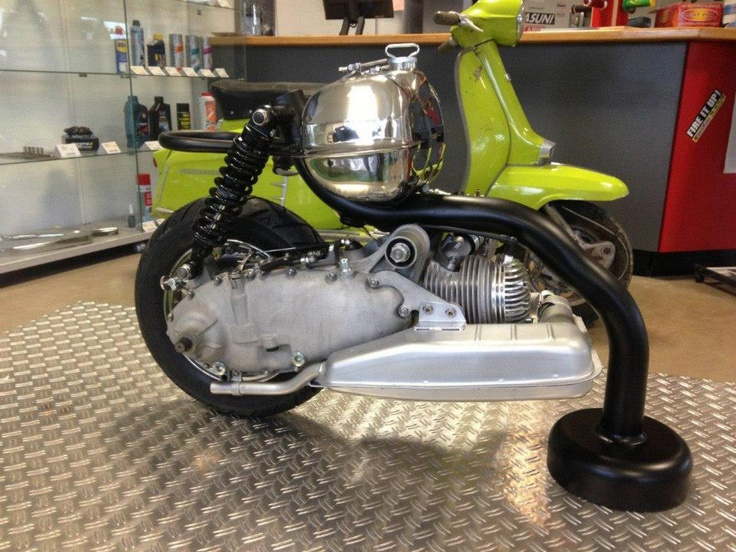 38 best lambretta images on pinterest motor scooters for Stand on scooters with motor