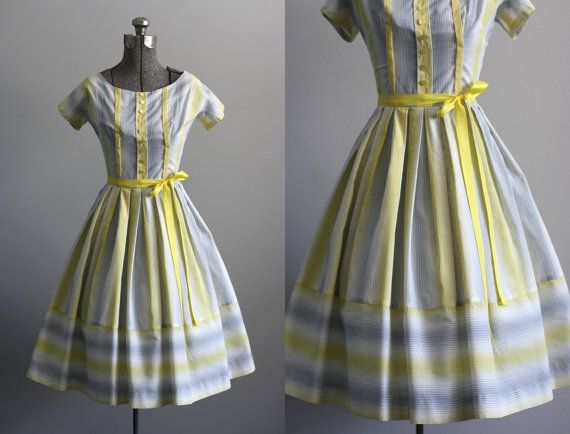 Vintage 50s Dress / 1950s Cotton Dress / Yellow and Gray Cotton Dress w/ Pleated Skirt XS/S on Etsy, $128.00