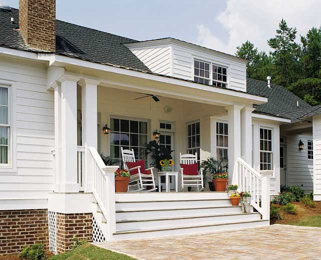 Best 20 farmhouse layout ideas on pinterest farmhouse for House plans with porch across front