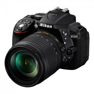 Nikon D5300 kit (18-105mm VR)