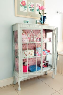 Nice   Was: Display Cabinet Now: Storage Unit For Bathroom (Wallpaper Back)
