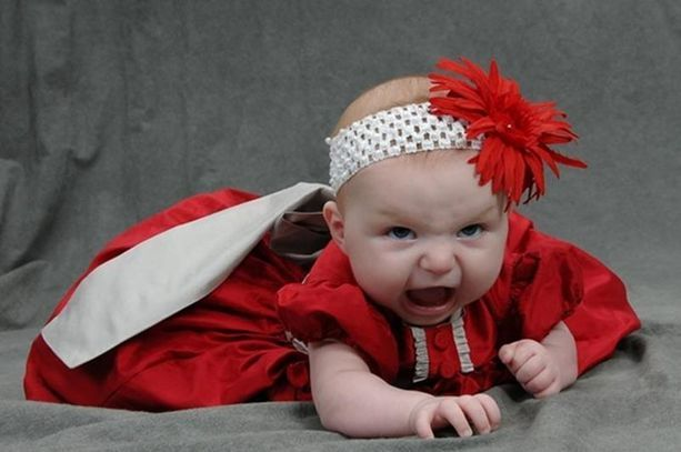 These 27 Baby Photos Are So Bad, They're Good. LOL. - Scout THIS IS SO FUNNY!