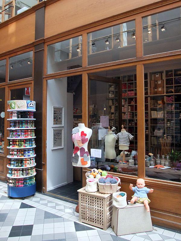 French vintage craft supplies store in paris french for How to store craft supplies