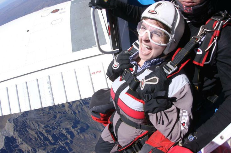 JoiceKreiss @jaskreiss  ·  Mar 21 @Nzone Skydive I was there - 2012 - my best experience!